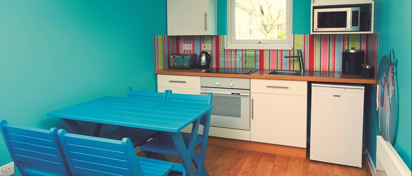 14363 Seaside Apartment BG Kitchen.jpg