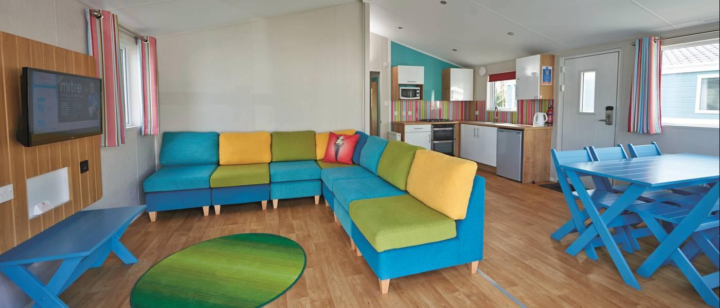 15670 Seaside Lodge MH Living Space.jpg
