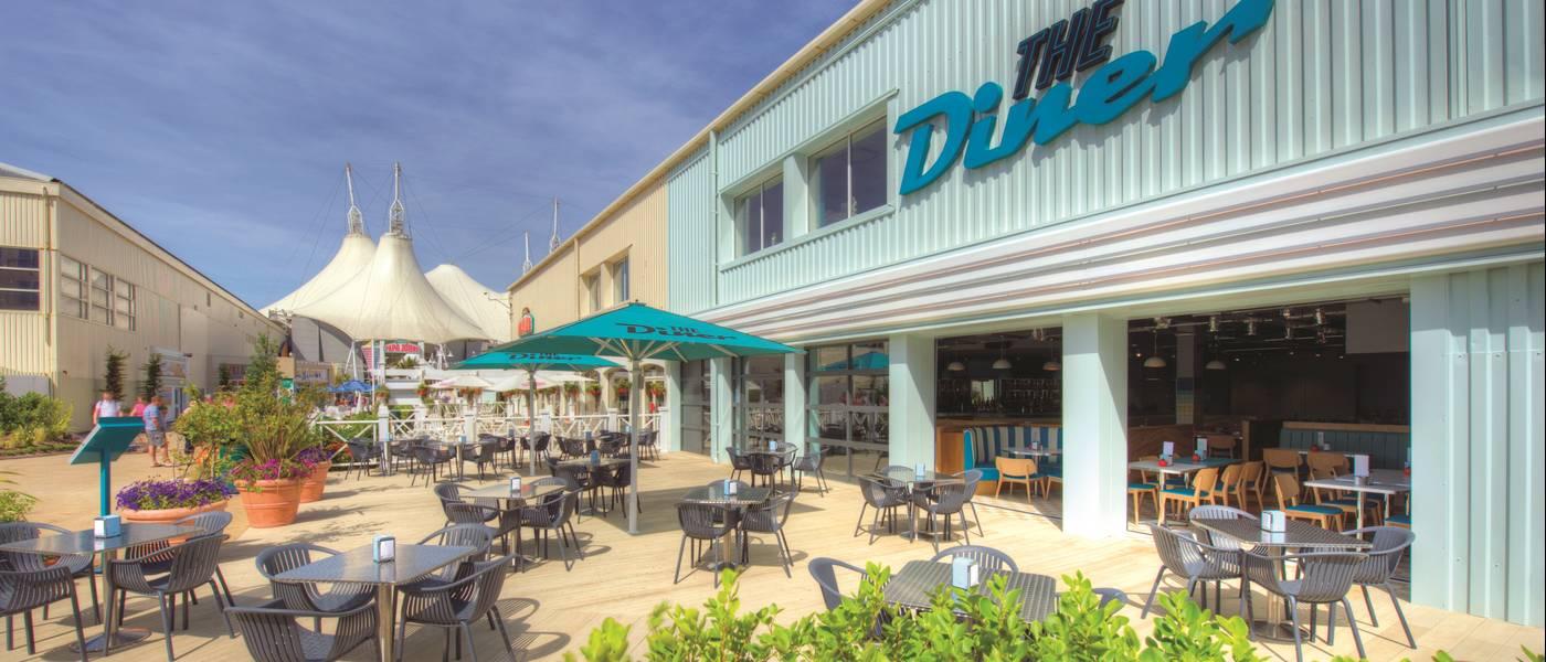 13815 The Diner BG Exterior.jpg