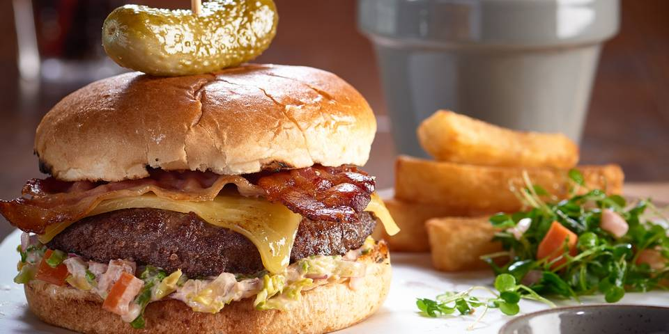 15702 Pub & KItchen Food Imagery (burger).jpg