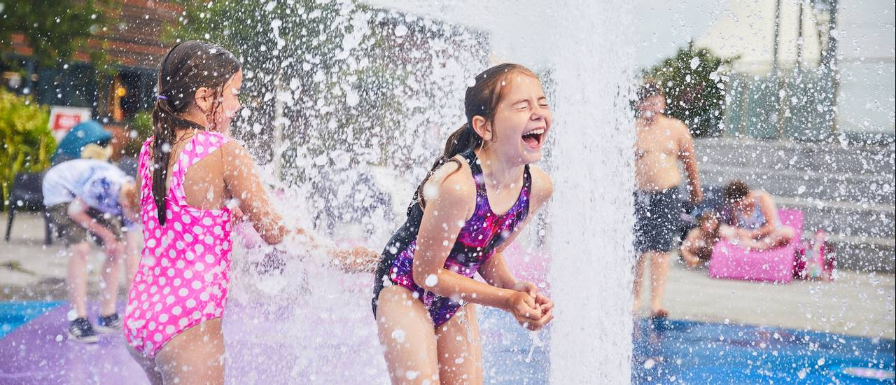 15723 Splash Fountains SK.jpg