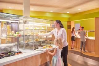 15902 Food Court SK.jpg
