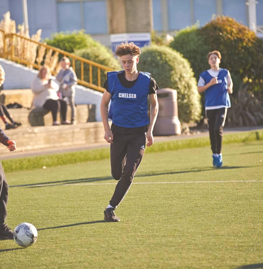 15541 Teen Football.jpg