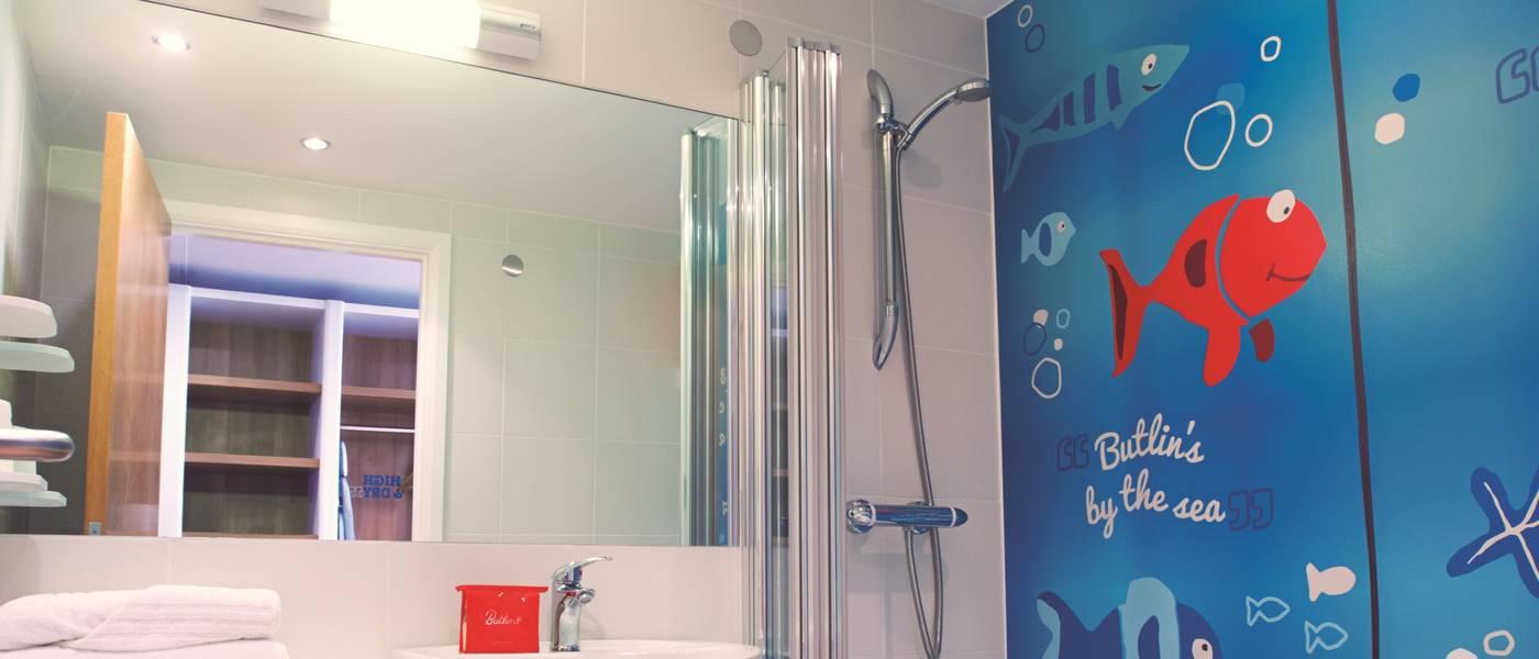 14257 Shoreline Bathroom.jpg