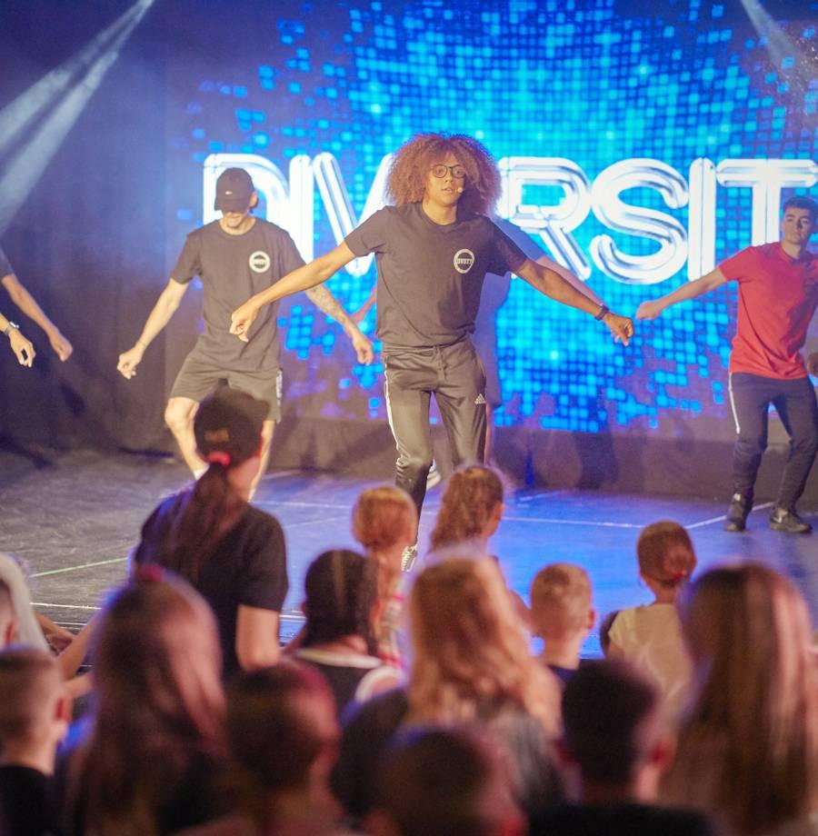 15836 Diversity Dance Academy HR.jpg