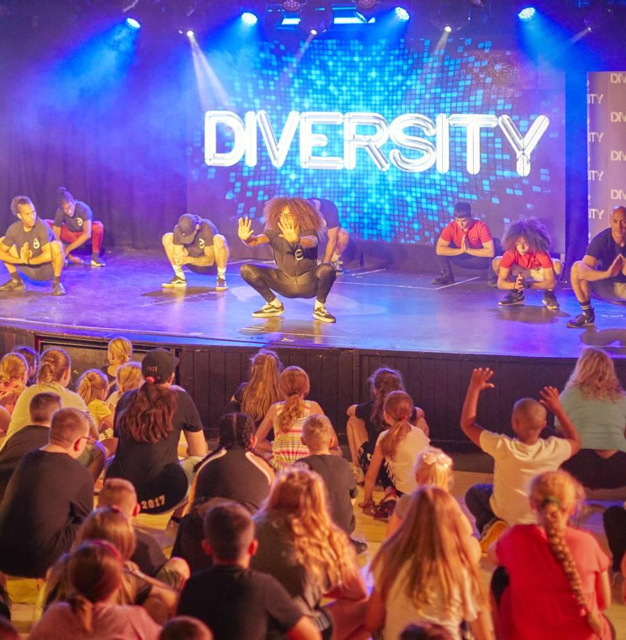 15835 Diversity Dance Academy HR.jpg