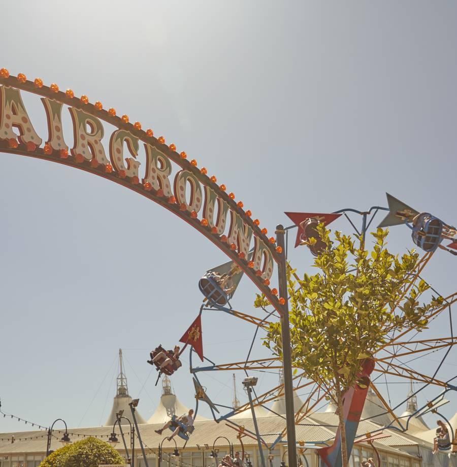 15810 Fairground BG HR.jpg