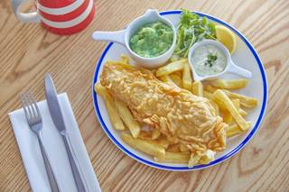 15799 Fish & Chips Food Imagery HR.jpg