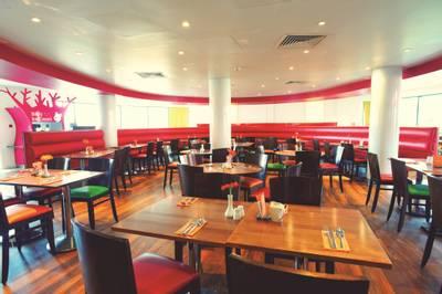 {11636} South Coast restaurant Bognor Regis Shoreline hotel.jpg