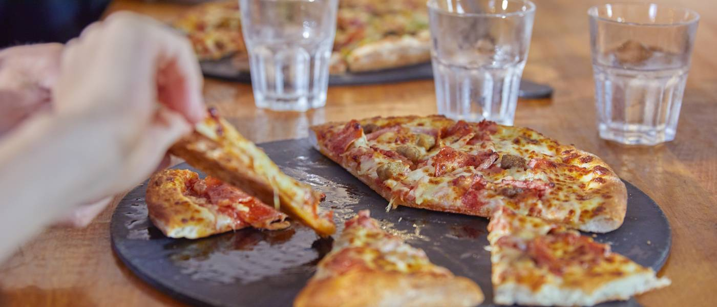 {16054} Papa Johns restaurant Bognor Regis pizza.jpg