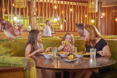 {16063} Firehouse Grill Minehead family dining.jpg
