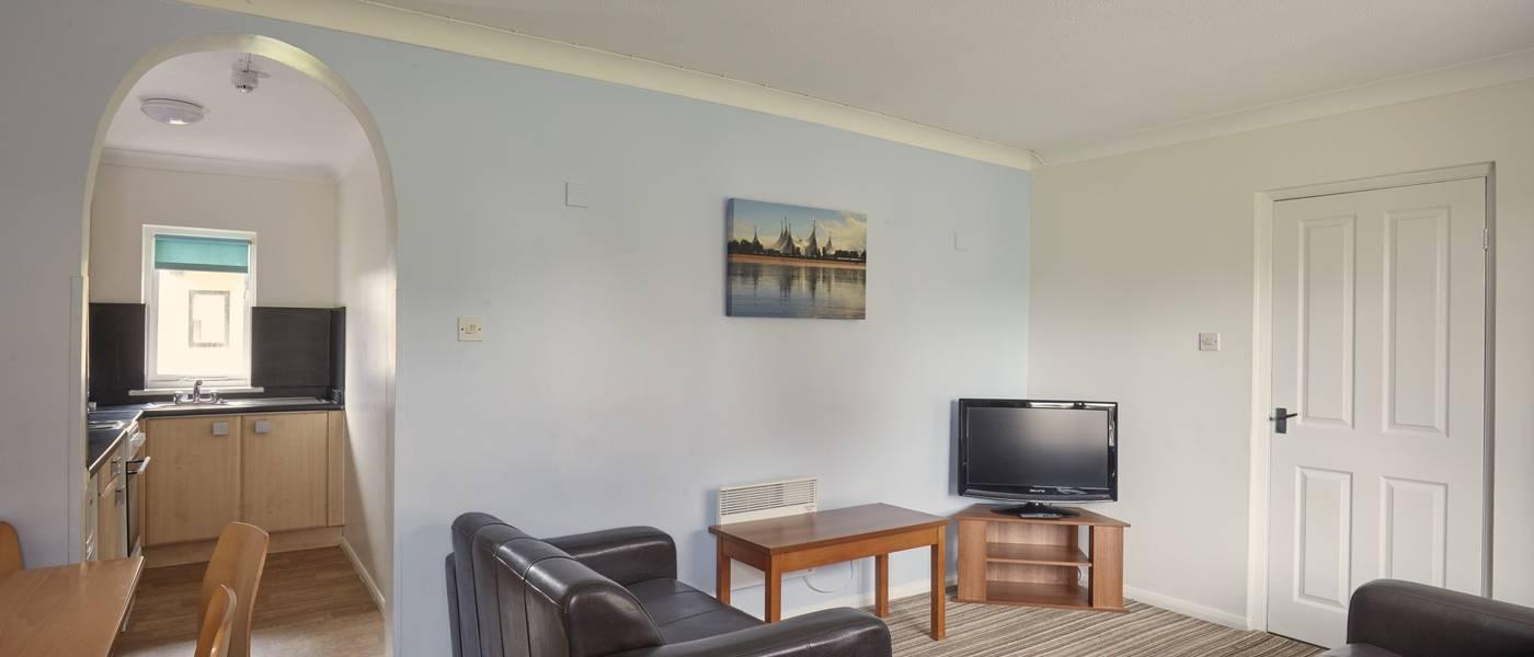 {16088} Minehead standard apartment lounge.jpg