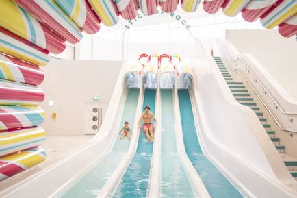 Butlins-Bognor-Regis-new-pool-rock-slides.jpg