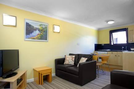 Butlins-Gold-Apartment-Minehead-12099.jpg