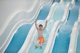 Butlins-pool-slides.jpg