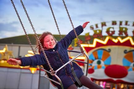 Butlins-fairground-chairoplane.jpg